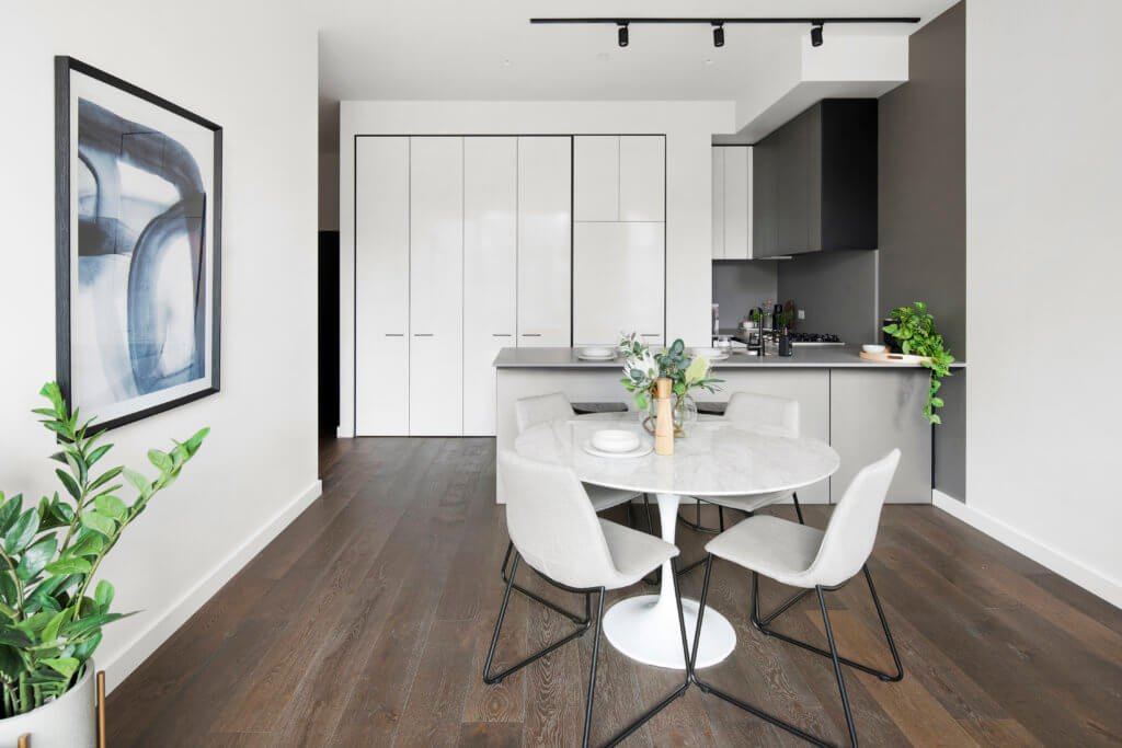 display apartment dining room styling